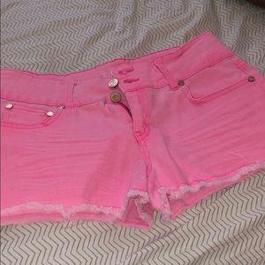 Pink shorts !